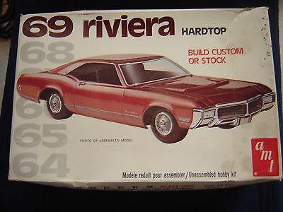 AMT '69 Buick Riviera Hardtop Kit #2201 Open But Complete
