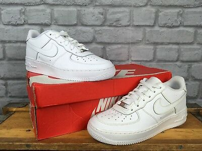pretty nice 3b24b 5c512 NIKE AIR FORCE 1 Low Basketball Trainers 82 Leather Childrens Ladies