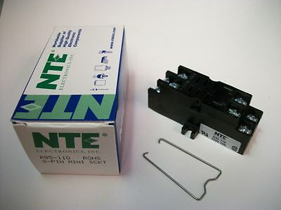 NTE Relay Socket R95-110 - 8−Pin Midget Blade Socket - Panel/Surface Mount - New