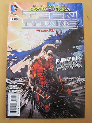 TEEN TITANS  # 17  by LOBDELL & BARROWS.    THE NEW 52 !     DC.  2013