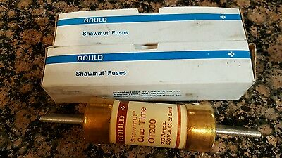 Lot Of 2 Gould Shawmut One-Time Fuse Cat#ot200 200A 250V-Ships In 1 Day