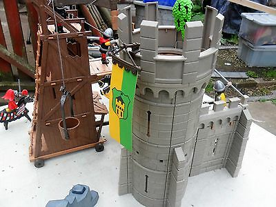 Playmobil 3888 - Castle Defenders With Knights & Siege Tower - Used - Retired