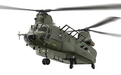 Corgi Aviation 1/72 AA34213 Boeing Vertol Chinook HC.3, ZH904, RAF Odiham 2012