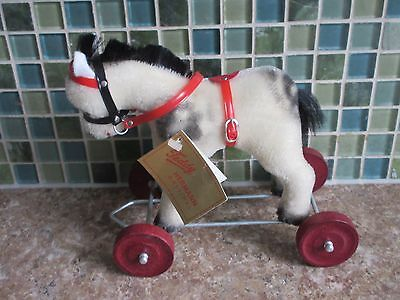 Hermann Teddy Original White Horse Red Wheels Limited Edition Pull Toy W Germany