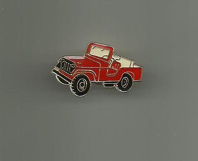 Red Jeep   Classic Pin Badge