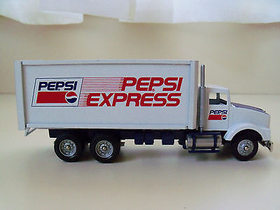 Winross - Pepsi Express - Kenworth Straight Truck . Delivery Box Truck Diecast