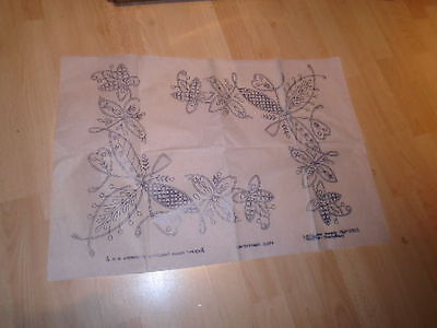 Vintage Briggs Embroidery Transfer Contemporary Cloth Flowers Pattern 9995E