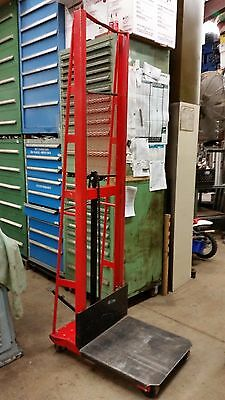 Wesco Industrial 260052 manual mobile hydraulic platform stacker fork die lift