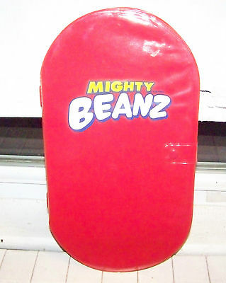 Mighty Beanz Case And Lot Of 21 Beanz