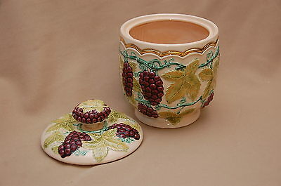 Arnels Pottery Canister Cookie Jar Grapevine pattern