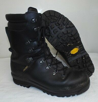 ECW BLACK LEATHER EXTREME COLD WET WEATHER GORE-TEX BOOTS - 12 m , British Army