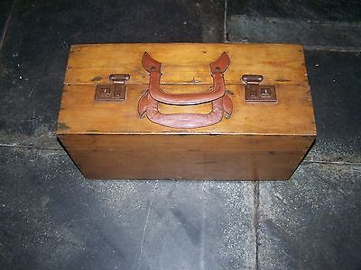 Rare, Vintage, Antique Pine,shoe Salesmans Advertising Case, Full Leather Lining