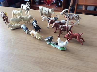 16 Plastic Farm Animals