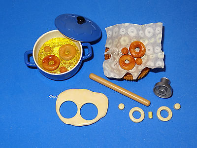 Barbie MAKING DONUTS Kitchen Littles Size for Diorama & Display NEAR MINT