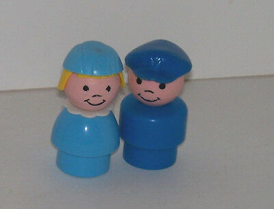 1987 #933 Jetport Stewardess and Pilot Little People by Fisher Price
