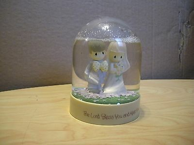 Precious Moments Waterball SnowDome Wedding Hong Kong Lord Bless You/Keep You 83