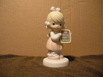 Precious Moments Sharing Begins In The Heart 1988 Girl w/Chalkboard 520861 Bow