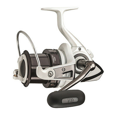 Daiwa Shorecast 25A Compact Beach Casting Reel Fixed Spool Bass or Beach Fishing