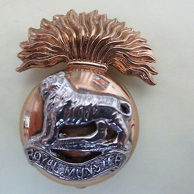 The Royal Munster Fusiliers (RMF) [Gaunt] British Army/Military Hat/Cap Badge