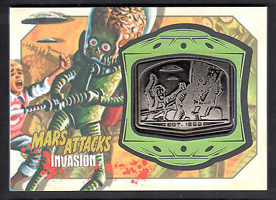 MARS ATTACKS! INVASION (Topps/2013) MANUFACTURED MEDALLION CARD #MM-15