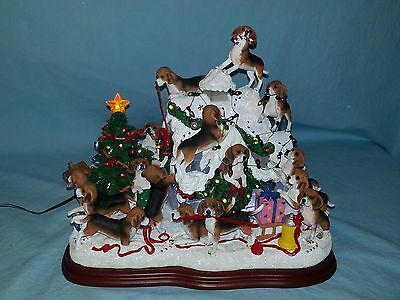 Danbury Mint Beagle Christmas Doghouse - Lighted Figure With Original Packing