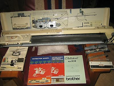 Brother Knitking KH-910 electronic knitting machine w manual patterns more