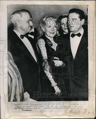 1949 Wire Photo President Harry Truman with Stars Alice Faye and Phil Regan.