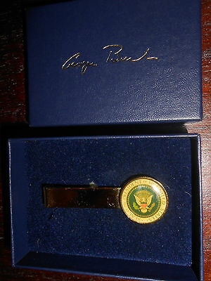 NEW in Box George Bush 41 Presidential Tie Clip with Presidential Seal