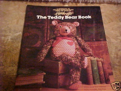 1985 Country Handcrafts The Teddy Bear Book