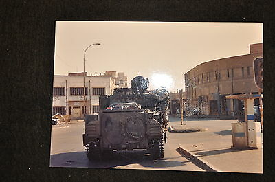 EARLY OPERATION IRAQI FREEDOM 1st ARMORED DIVISION PHOTO - SOLDIER ON BRADLEY