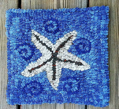 STAR FISH MAT  Primitive Rug Hooking KIT WITH #8 CUT WOOL STRIPS