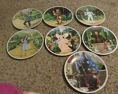 The Wizard Of Oz Knowles  Set 7 Plates  1977