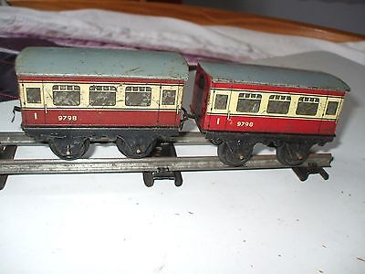 Hornby 0 Gauge Coaches-----Two Unboxed
