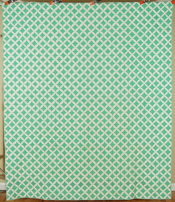 WELL EXECUTED Vintage 30's Cathedral Windows Antique Quilt ~BEAUTIFUL GREEN!