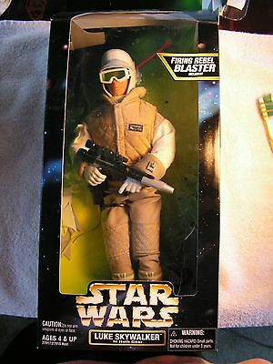 Star Wars Action Collection Luke Skywalker  in Hoth Gear w/ Firing Rebel Blaster