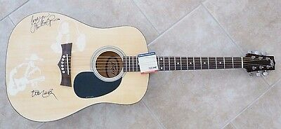 Willie Nelson & Loretta Lynn Signed Autographed Acoustic Guitar PSA Certified