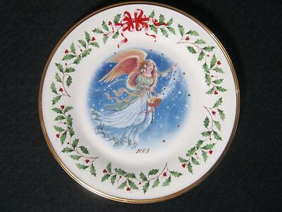 Lenox The Annual Holiday Collector Plate Year 2003 Angel 13th in the series