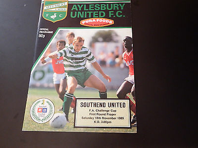 AYLESBURY v SOUTHEND FA Cup Rd. 1 1989