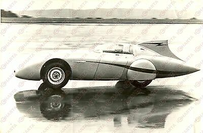 1954 BONNEVILLE SALT FLATS - Donald HEALEY makes record  with Austin-Healey 100