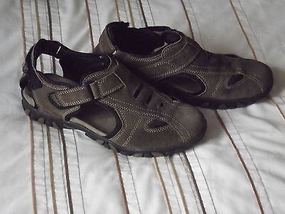 Mens Brown Closed Toe Sandals From Pavers Size Uk10