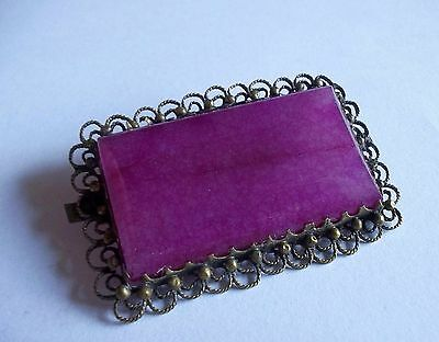 Vintage Victorian Detailed Gold Tone Pink Stone Glass Brooch