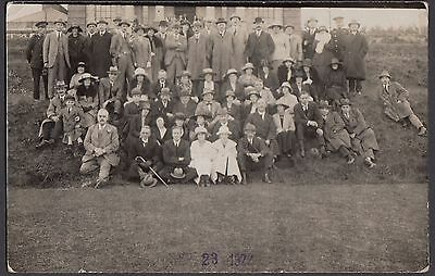Unidentified Group of People   Postcard  Unposted  (RP)   (157)