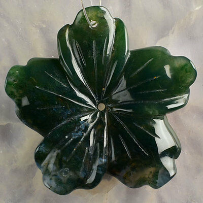 R84514 53x8 Moss Agate Carved Flower Pendant Bead