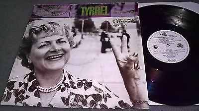 The Tyrrel Corporation - Waking With A Stranger- Chrysalis Records Uk 12 Tyrs 3