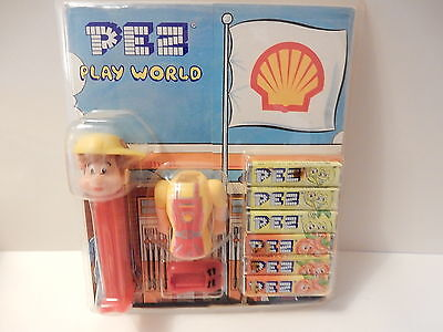 Pez Play World Shell Boy