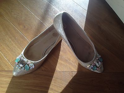 River island Shoes Size 4/37 Flats/ Ballet Style With Jewels