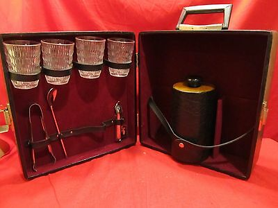 LONDONAIRE VINTAGE TRAVEL PORTABLE BAR/PUB w/Rare Ice Container/bucket-no key