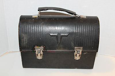 Vintage~AMERICAN Thermos COMPANY~Black~V DOME~Metal LUNCH BOX~Well Used~USA~L@@K