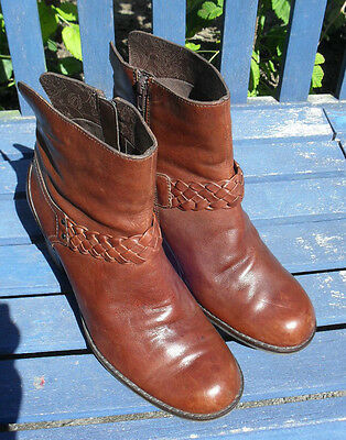 """Clarks Ladies Brown Leather Boots 3"""" Heel size 7.5"""