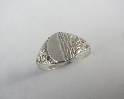 Vintage Solid Silver Signet Ring - Size R